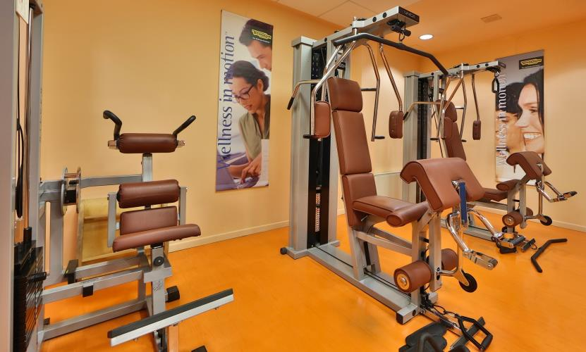 Hotel con palestra best western plus hotel le favaglie for Centro fitness