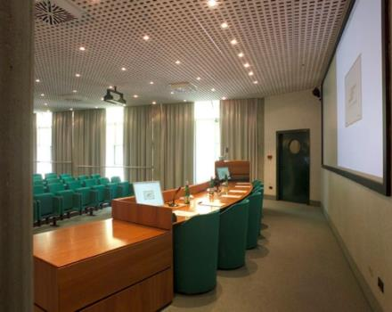 Discover how to organize your conferences in Cornaredo at the Best Western Hotel Le Favaglie