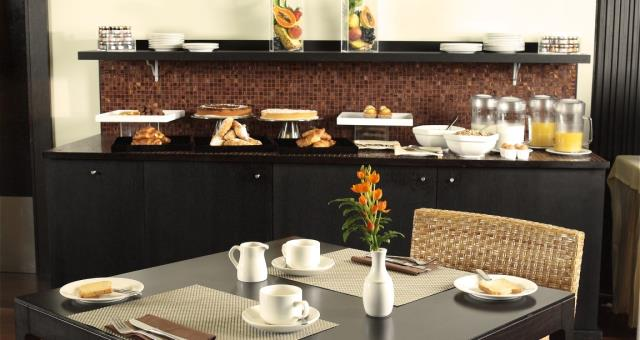 Enjoy a rich buffet breakfast at the Best Western Hotel Le Favaglie Cornaredo