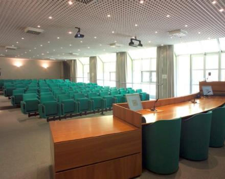 Discover the conference rooms in the Best Western Hotel Le Favaglie and organize your events in Cornaredo